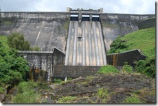 Sholayar dam