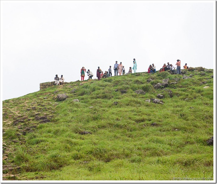 Pnmudi Tourists