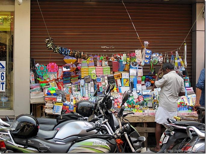 Roadside gadget shop, Chalai Market, Trivandrum